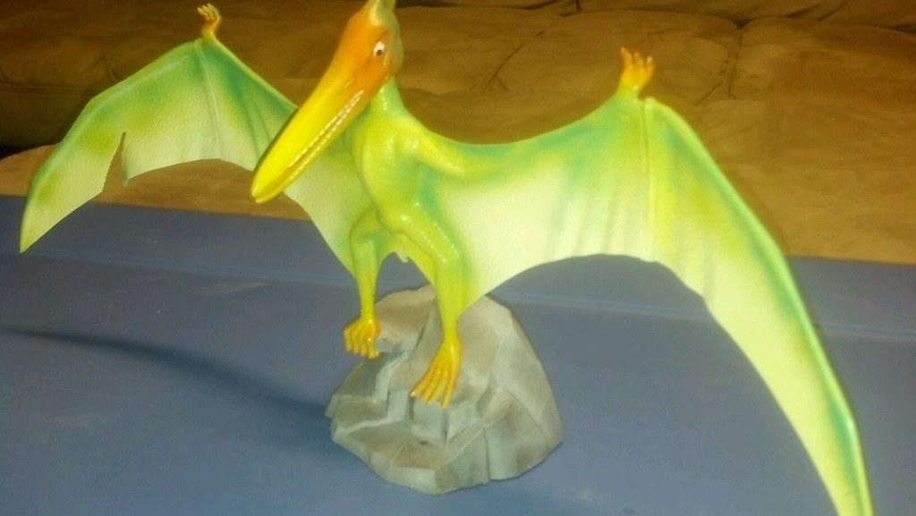 aurora_prehistoric_pteranodon