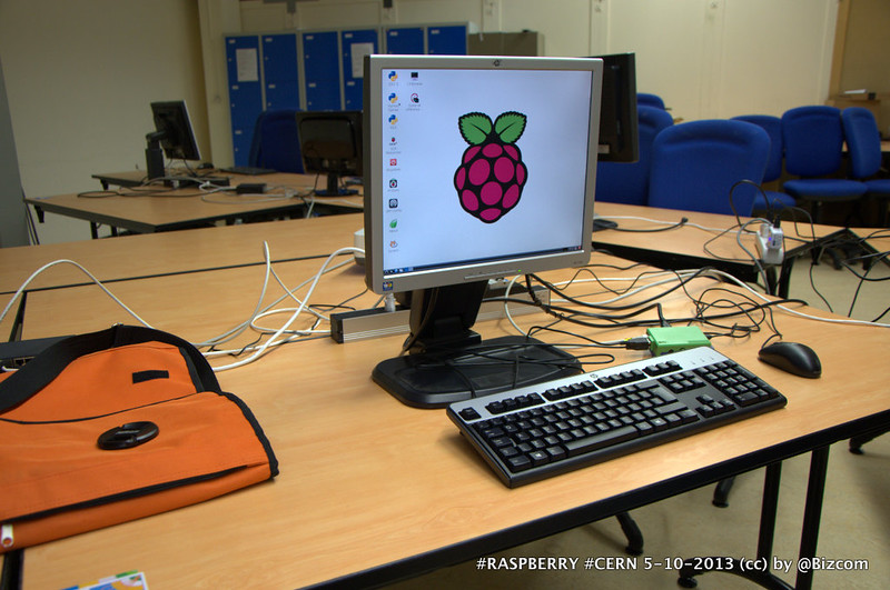 #RASPBERRY CERN 5-10-2013 (cc) by @Bizcom