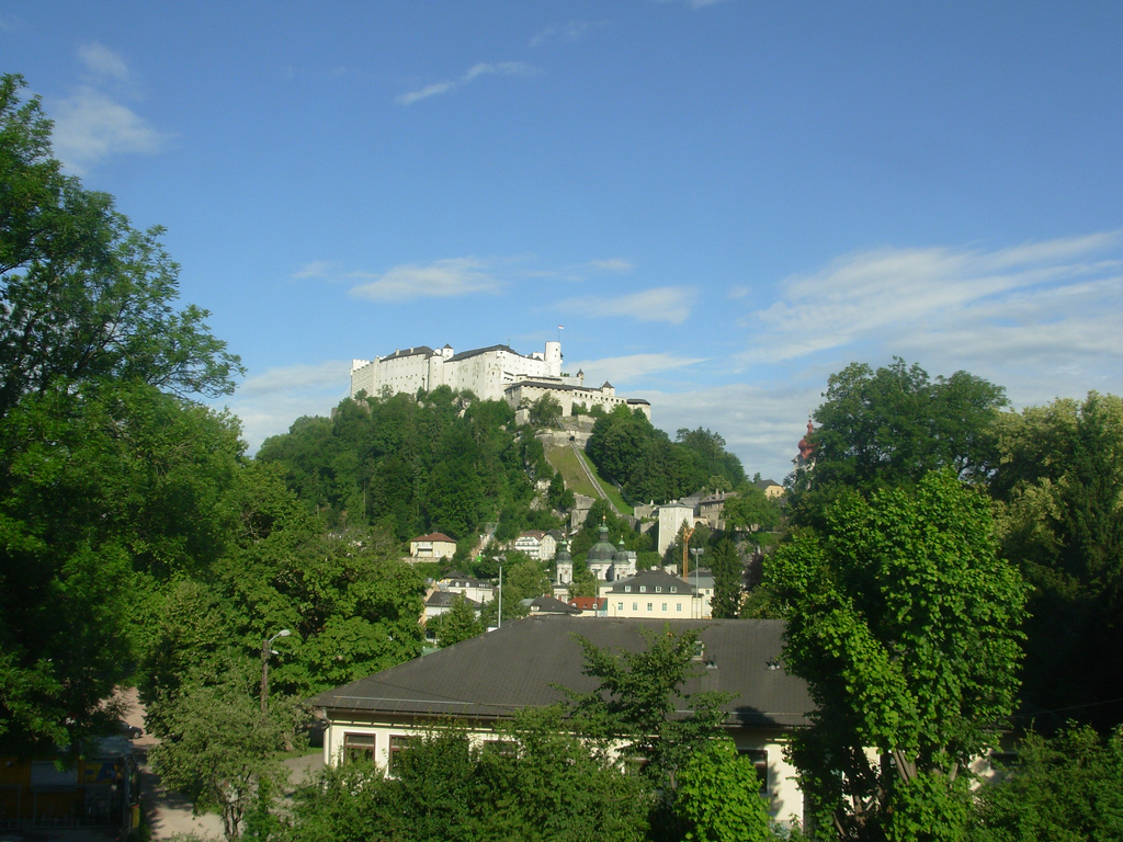 6. Una vista del castillo de Salzburgo. Autor, Wilson Loo