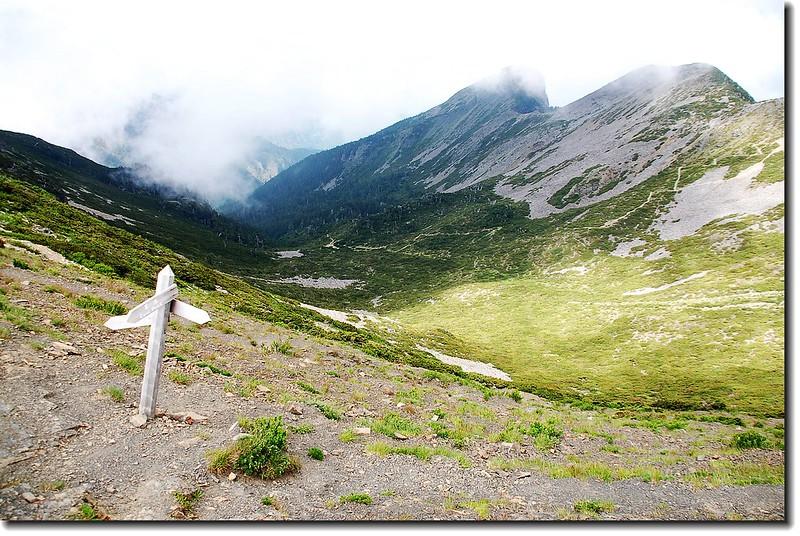 雪山一號圈谷 1