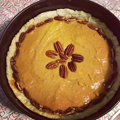 pie, sweet potato pie, baked goods, food, dish, dessert, cuisine,