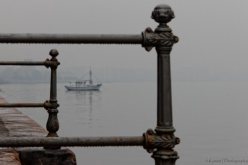 travel sea vacation mist water fog square landscape boats greek boat focus europe day waterfront place greece macedonia national frame thessaloniki vacations geographic salonica thessalonika selanik macedonian thessalonica solun seamask centralmacedonia thebestofday gününeniyisi салоники հունաստան canonefs18135mmf3556is ilobsterit սալոնիկի