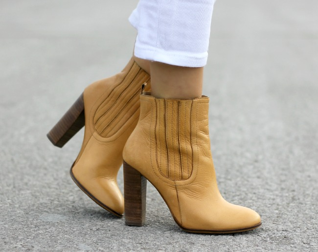 zara-ankle-boots-amadeus-on-the-catwalk