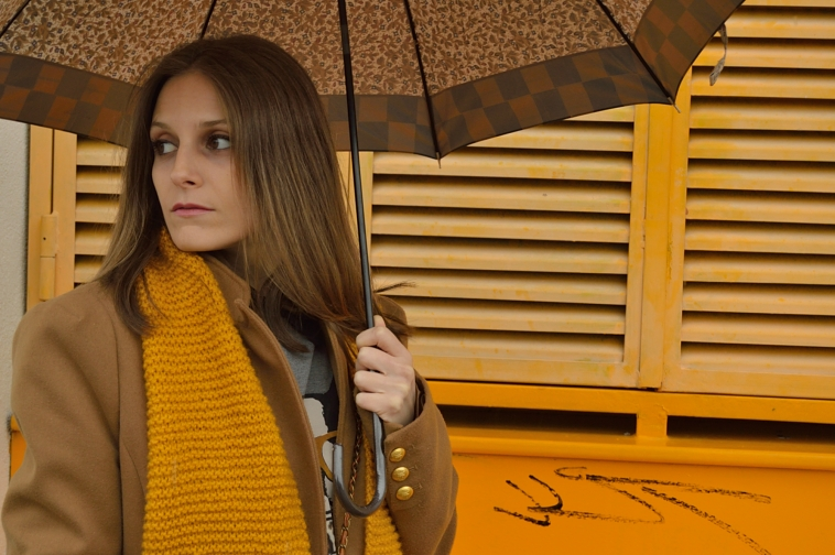 lara-vazquez-madlula-blog-fashion-chic-mustard-winter