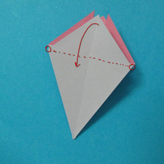 วิธีการพับกระดาษเป็นดอกไม้แปดกลีบ 011