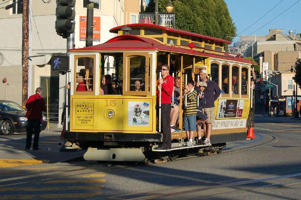 Cable Car 15 - San Francisco, California, USA