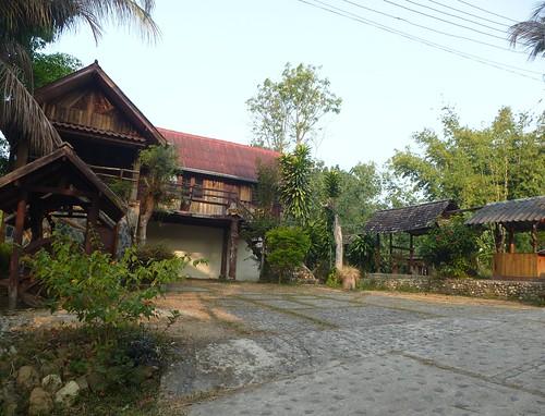 Th-Um Phang -Ville-Phudoi Campsite (1)