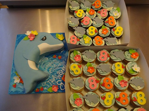 Dolphin Cake and Matching Cupcakes by CAKE Amsterdam - Cakes by ZOBOT