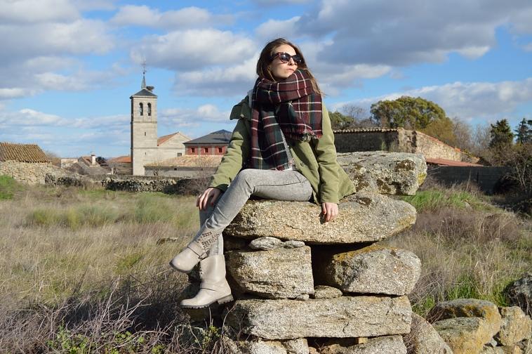 lara-vazquez-madlula-blog-style-fashion-parka-tartan-foulard-winter