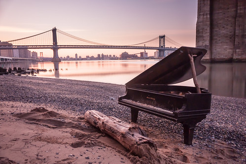 nyc newyorkcity longexposure morning bridge pink sky newyork abandoned water brooklyn sunrise canon buildings keys log sand rocks colorful play purple manhattan sandy piano dirty le brooklynbridge manhattanbridge eastriver tune tones tone washedup 5am underthebridge opened smallpiano logseat eastriverpiano