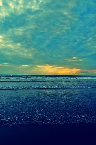 sunset sea sun india photography sand nikon flickr surf waves maharashtra mumbai juhu arabiansea juhubeach