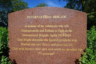 International Brigade 的形象. uk england london nikon memorial unitedkingdom britain internationalbrigade nopasaran hammersmithandfulham ccbysa theyshallnotpass imagesgeorgerex photobygeorgerex