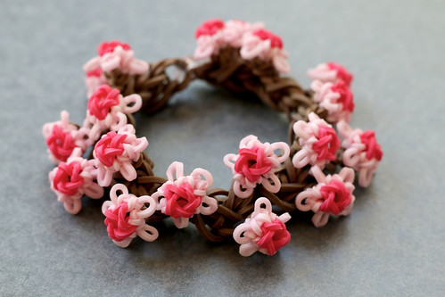 Cherry-Blossom-Bracelet