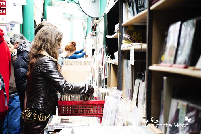 Paris mercado de las pulgas saint ouen libros 0