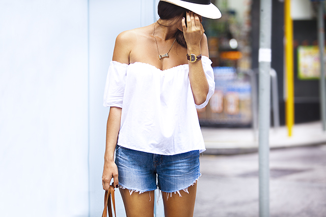 Make a summer off the shoulder top
