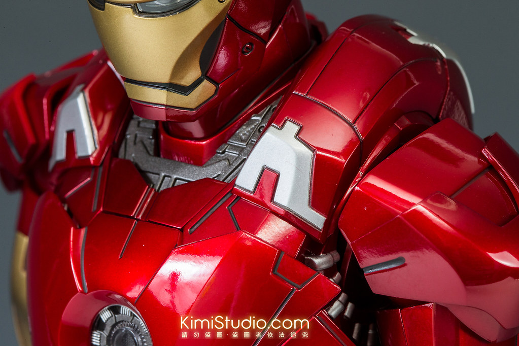 2013.06.11 Hot Toys Iron Man Mark VII-022