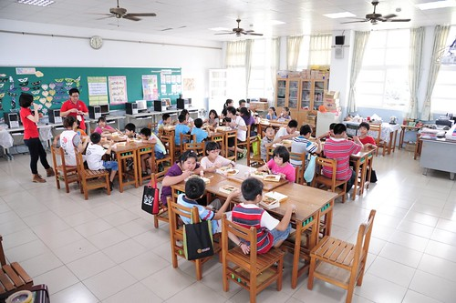 20130715-孩子吃午飯photo by 兒福