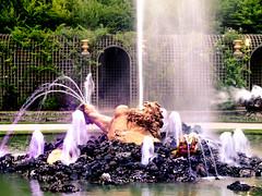Les Grandes Eaux nocturnes - Fountains Night show - Bosquet de l'Enselade