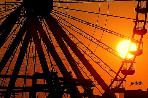 sunset newjersey boardwalk ferriswheel wildwood amusementride moreyspier