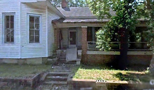 abandoned residence, York AL (via Google Earth)
