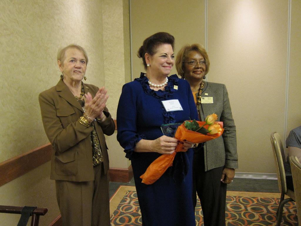 Pauline-Shirley-presents-Andrea-Brenn-Medical-Mentor-of-Year-Andrea-is-CNN-Chief-Nursing-Officer-for-Texas-Medical-Center, Mary Boyd
