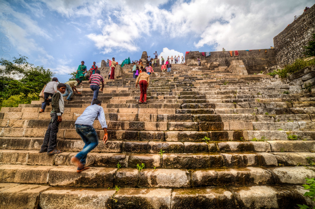 Steep steps at the Gomukh temple, at the Lonar lake