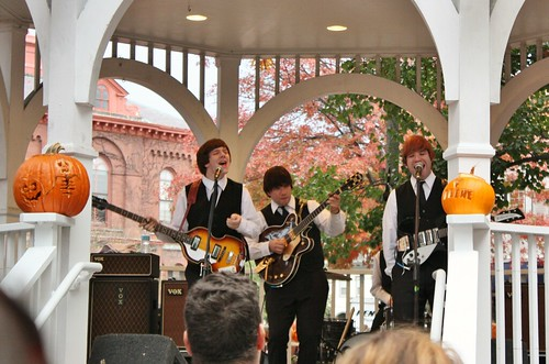 keene-pumpkin-festival-studio-two-beatles-tribute