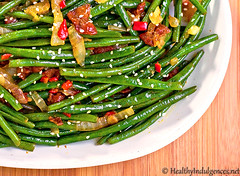 Sweet Chili Green Beans with Caramelized Onions and Bacon