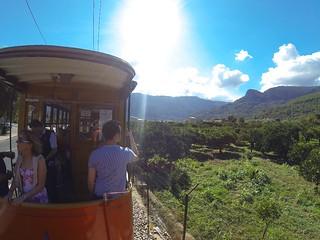 Ausflüge: günstige Touren durch Tramuntana Gebirge auf Mallorca zirka 35,- Euro