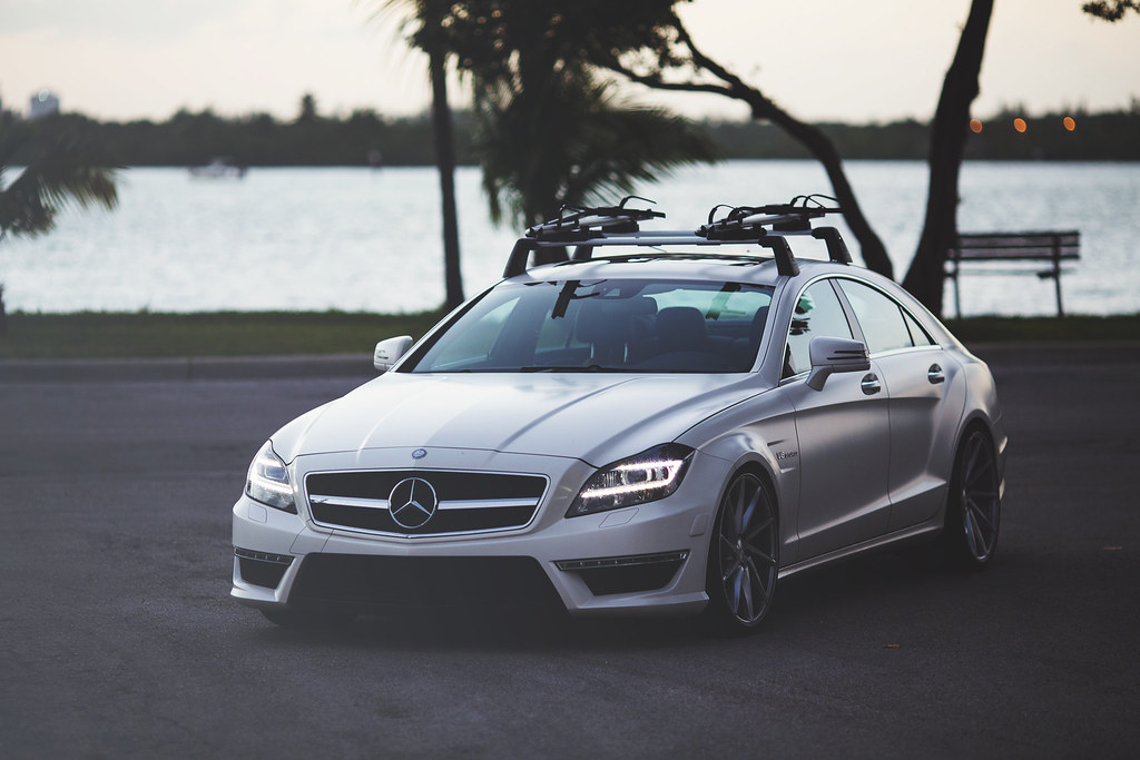 Purchase used 660 hp 2012 mercedes benz cls63 amg for Mercedes benz roof rails