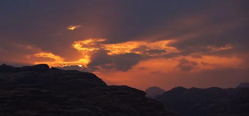 sunset red sky cloud yellow rocks desert wadirum cliffs jordan
