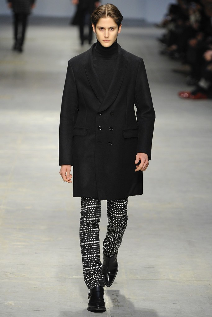 FW14 Milan Costume National034_Julian de Gainza(VOGUE)
