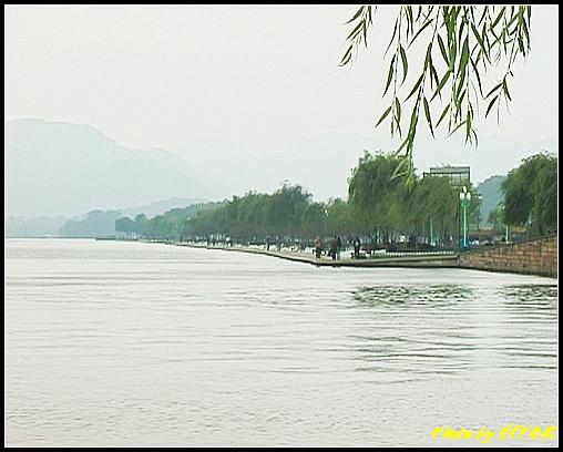 杭州 西湖 (其他景點) - 106 (從北山路湖畔看白堤)