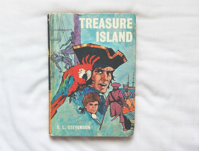 treasure island robert louis stevenson uk book blog lifestyle vivatramp