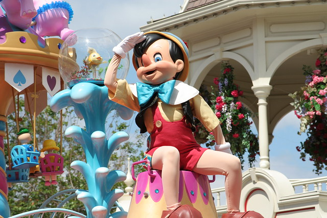 Pinocchio In Disney Festival Of Fantasy Parade At The
