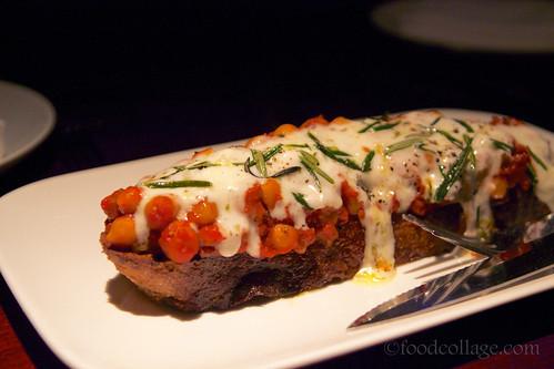 Tomato Braised Chickpea, Rosemary, Burrata Bruschetta at Zero Zero (San Francisco)