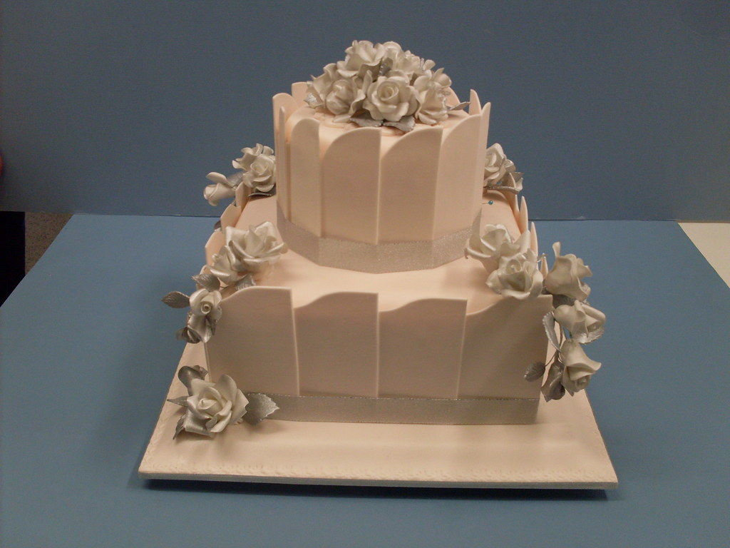 Elaborate one and two tier wedding cakes Toowoomba ...