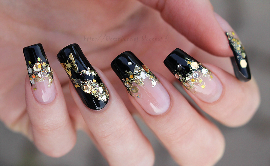 Gold_glitter_french_manicure_2