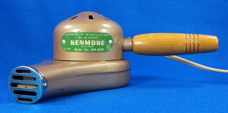 RD14519 Vintage 1949 Mid Century Kenmore Electric Hair Dryer # 559 8309 Wood Handle DSC06212