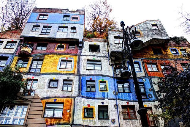 Friedensreich Hundertwasser Wohnhaus - Friedensreich Hundertwasser residential house