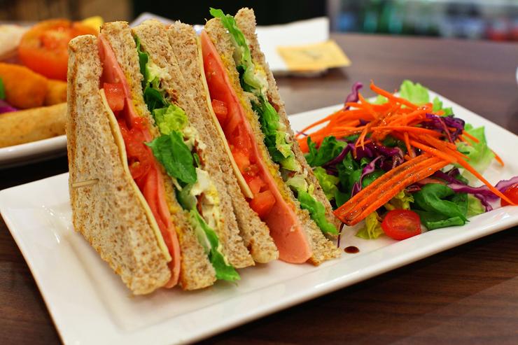 Turkey-Ham-Sandwich