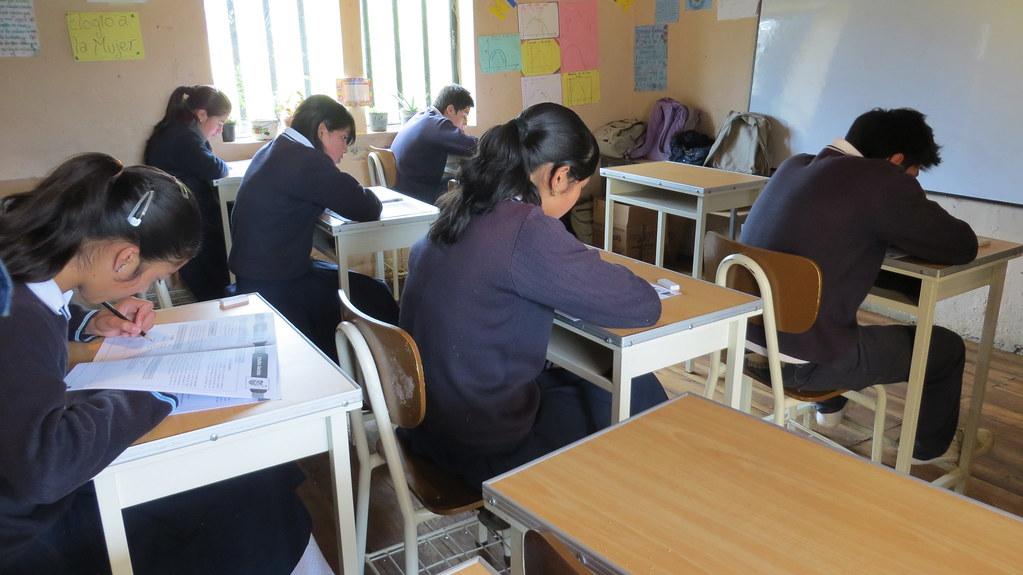 Pruebas a estudiantes realizadas por Ineval en la provincia de Azuay del 17 al 25 de junio de 2013