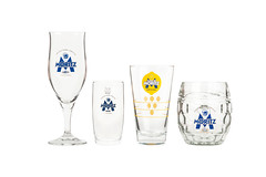 old fashioned glass, beer glass, pint glass, drinkware, stemware, distilled beverage, cobalt blue, tableware, highball glass, glass, champagne stemware, pint (us),