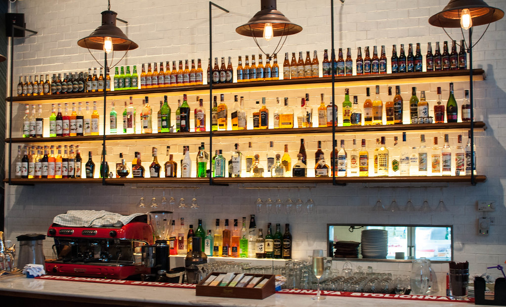 Tribeca restobar Bangkok Bar