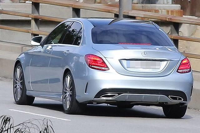 """Mercedes Clase C """"espia"""""""