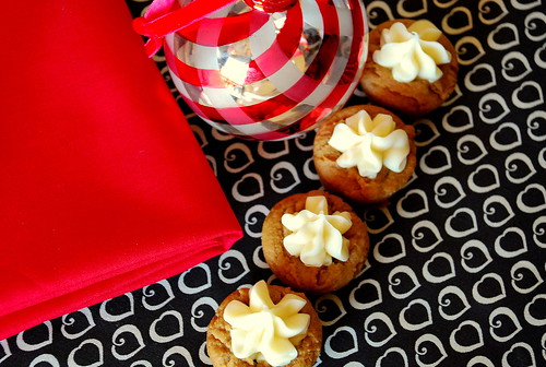 Holiday Cookie Countdown: Gingerbread Creme Cups