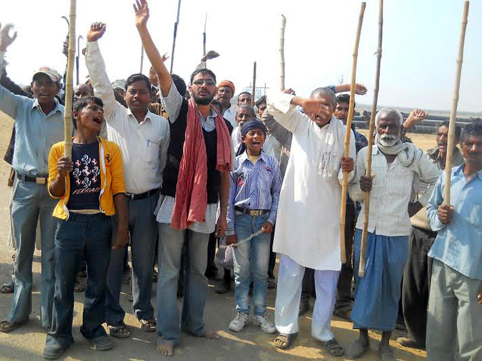 एन.टी.पी.सी. के खिलाफ किसानों का विरोध