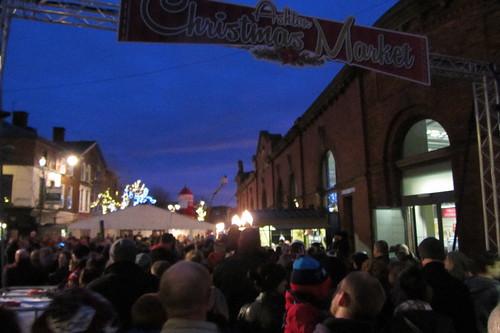Ashton Christmas Market, opening day crowds