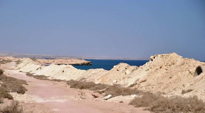 106 bunkers En la Isla de Hengam (94)