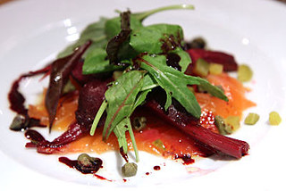 Beetroot marinated salmon IMG_1024  R